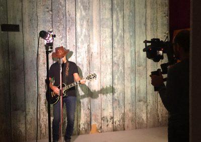 backstage_9002